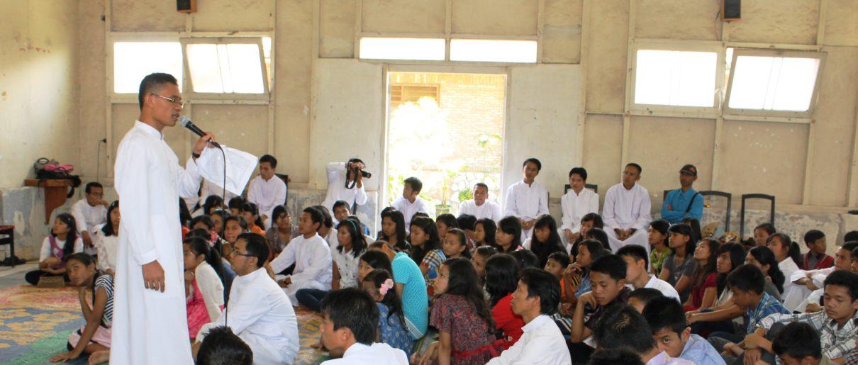 page 3  Indonesia AD Medan SO 2015 SEMINARIO MAGGIORE ST. PETER Vocation promotion in Tarutung Parish (2)