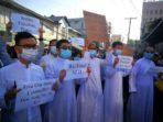 séminaristes prêtres birmans